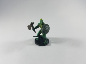 Lizardfolk Barbarian in White Strong & Flexible