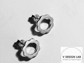 Flower Power - Stud Earrings in Polished Bronze