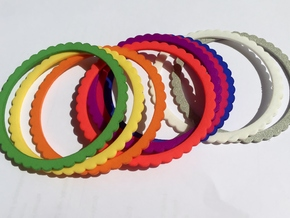 Ingranaggi Bangle - 2mm Thick in Red Processed Versatile Plastic