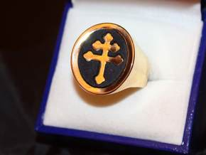 TEAM RING SIZE 8 in Polished Brass