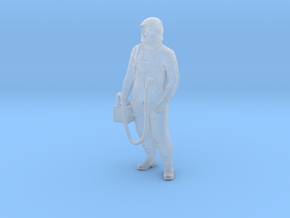 Mercury Astronaut Standing in Smooth Fine Detail Plastic: 1:48 - O