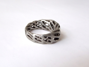 Panta Rhei - Size 9 in Polished Silver