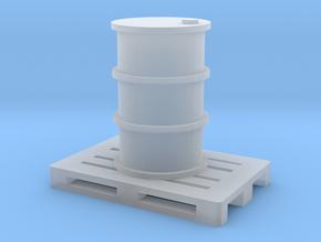 200 Liter Faß auf Europalette - 1:120 in Smooth Fine Detail Plastic