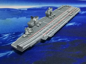 Queen Elizabeth-class aircraft carrier, 1/1800 in White Natural Versatile Plastic
