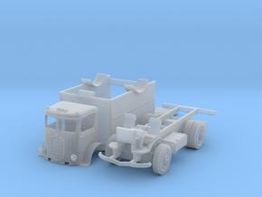 '33 Mack/Box Van in Smoothest Fine Detail Plastic