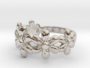 Flower Ring in Rhodium Plated Brass