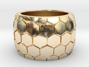 Hexagon patterned ring  in 14K Yellow Gold