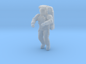 NASA EMU (Extravehicular Mobility Unit) I 1:32 / 1 in Smooth Fine Detail Plastic: 1:32