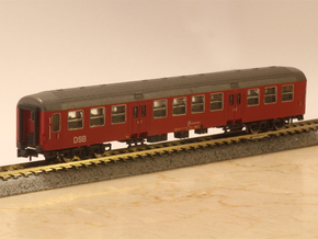 DSB class Bn coach N scale in Smooth Fine Detail Plastic