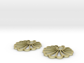 shell earrings in 18k Gold