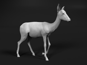 Impala 1:25 Walking Female in White Natural Versatile Plastic