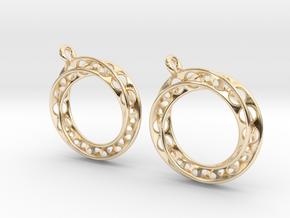 Möbius chain earrings in 14K Yellow Gold