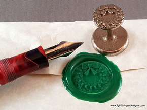 Holly Wreath Wax Seal in Polished Bronzed Silver Steel