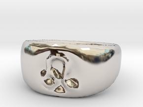 Leo Ring sz8 in Rhodium Plated Brass