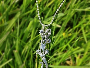 Gecko pendant - tribal tattoo style in Polished Silver