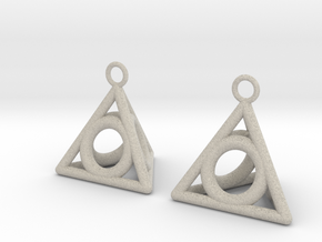 Pyramid triangle earrings serie 3 type 4 in Natural Sandstone