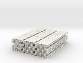 64 Europaletten in 1:45 (Spur 0) in White Natural Versatile Plastic
