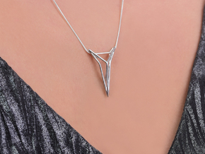 YOUNIVERSAL STRUTCURA, Pendant. Structured Eleganc in Polished Silver