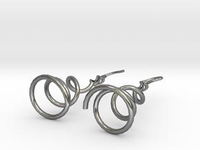 Earrings Twist 001 in Polished Silver (Interlocking Parts)