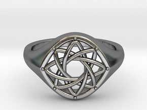 The Feminine Light Signet Ring in Polished Silver: 6 / 51.5