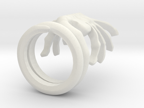 ALIENS Facehugger Ring in White Natural Versatile Plastic: 8 / 56.75