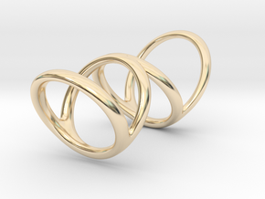 Right ring (camallama) in 14k Gold Plated Brass