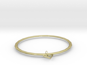 Fine in 18k Gold Plated Brass: Medium