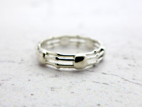 Skeletonema Diatom Ring in Polished Silver: 10.25 / 62.125