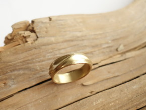 Ebb and Flow Ring No.1 - Gentle Curves, Size 7 in 14K Gold