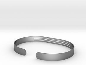Front Striped Bracelet in Polished Silver