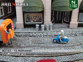 10 Mülltonnen (N 1:160) in Smooth Fine Detail Plastic