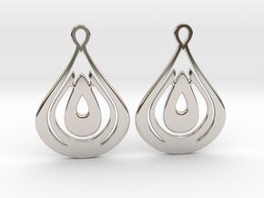 Drops Earrings in Rhodium Plated Brass