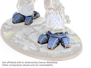 Iron Wolf - Feet in Smooth Fine Detail Plastic