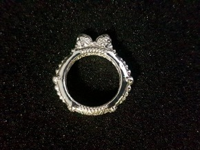Gothic Princess Ring in Polished Silver