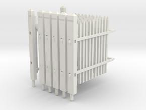 Cloture en bois ancienne avec son portillon in White Natural Versatile Plastic