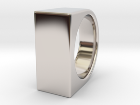 Signe Unique V - US 8  - Signet Ring in Rhodium Plated Brass