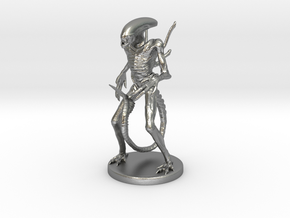 Xenomorph Miniature in Natural Silver: 1:60.96