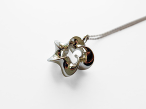 5-Twisted Möbius pendant in Polished Silver