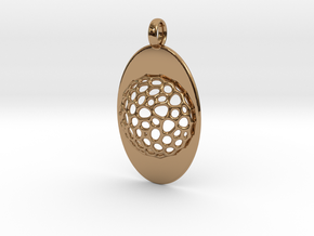 Oval Pendant with Mesh in Polished Brass