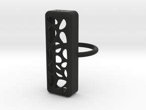 flex2.ring.voronoi.sz7 in Black Premium Versatile Plastic