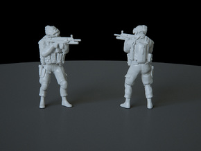 2 HO Modern Soldier (no base) in Smooth Fine Detail Plastic