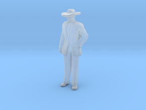 Man Standing: Suit and Hat in Smoothest Fine Detail Plastic: 1:160 - N