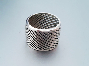 Ring Around in Polished Silver: 6 / 51.5