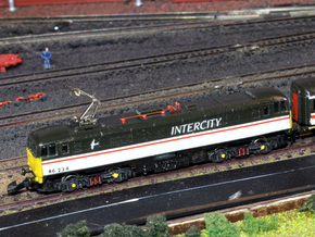 Class 86 - Z - 1:220 in Smooth Fine Detail Plastic