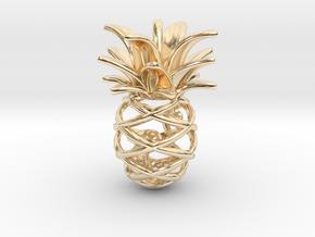 Pineapple Flamingo Pendant in 14K Yellow Gold