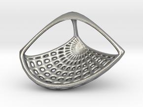 Tetra pendant necklace in Natural Silver