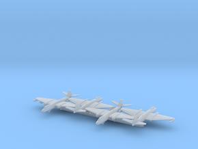 B-57B w/Gear x 4 (CW) in Smooth Fine Detail Plastic: 1:700