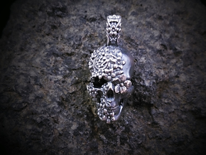 Sugar Skull Pendant in Antique Silver