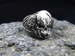 Skull Ring (Winged Fire Skull) in Antique Silver: 10 / 61.5