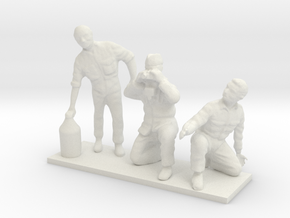 1/48 Diorama Crew Set in White Natural Versatile Plastic